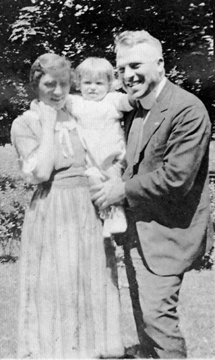 Clara and Bruce Hallett with Baby Janice